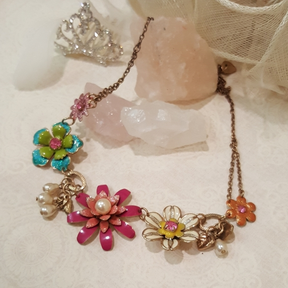 Jewelry - Pink Blue White Flower Necklace